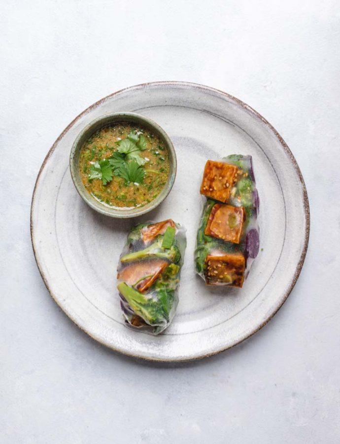 Risruller med sojaglaseret tofu