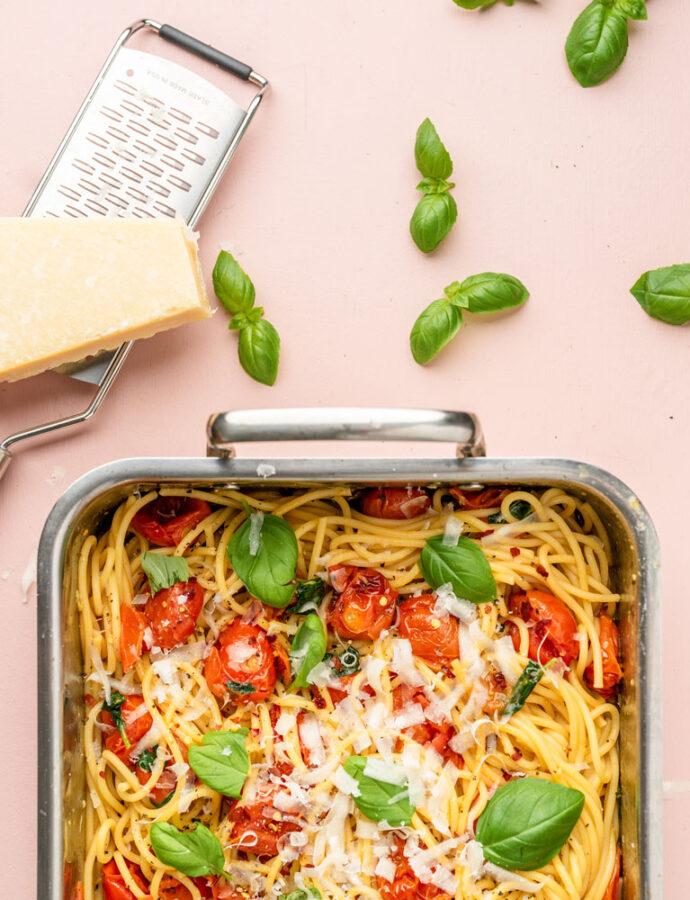 Pasta med ovnbagte tomater